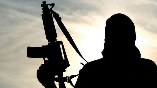 """Die Erfolge der Terrororganisation """"Islamischer Staat"""" begeistern auch deutsche Dschihadisten. Immer mehr reisen deshalb in den Nahen Osten, um dort zu kämpfen. Aber auch Europa ist ein Ziel der Islamisten Foto: Oleg_Zabielin, fotolia"""